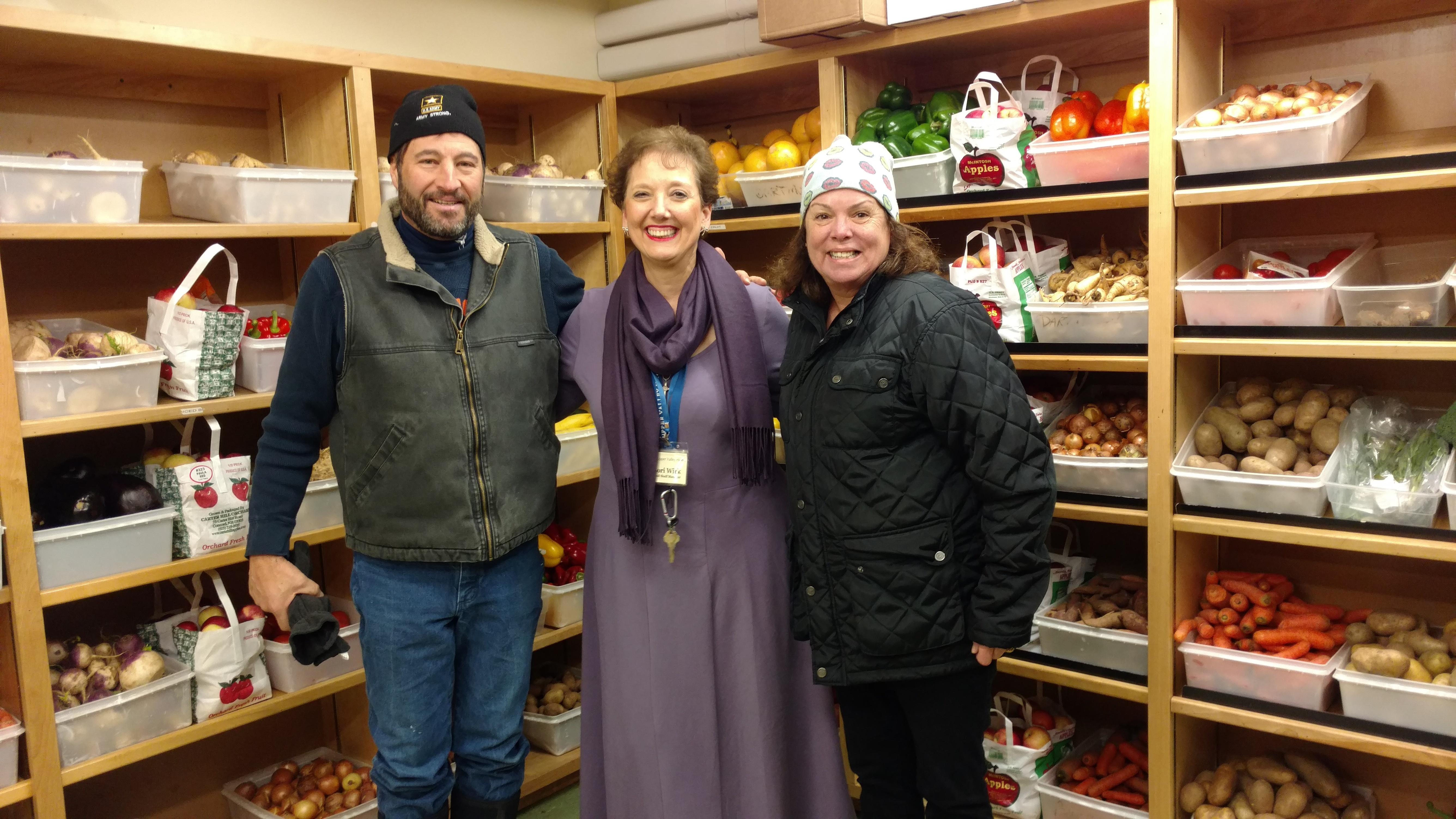 Haven Food Donation Thanksgiving 2017 Sean Kuit and Debbie Ouellette.jpg